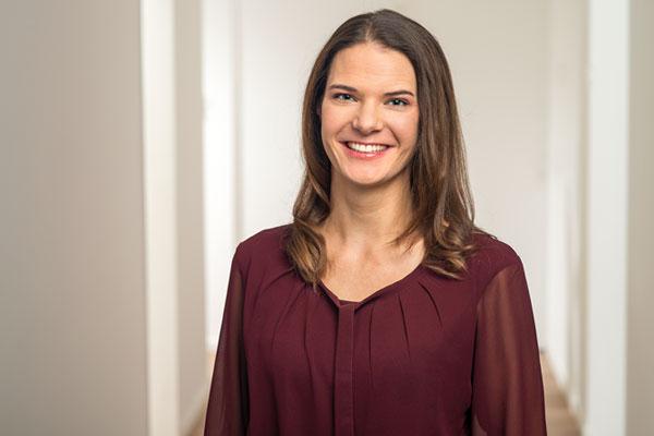 Dr. Johanna Harris